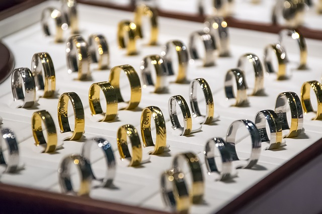 Sell or Pawn Your Old Jewellery | Melbourne Pawn Shops